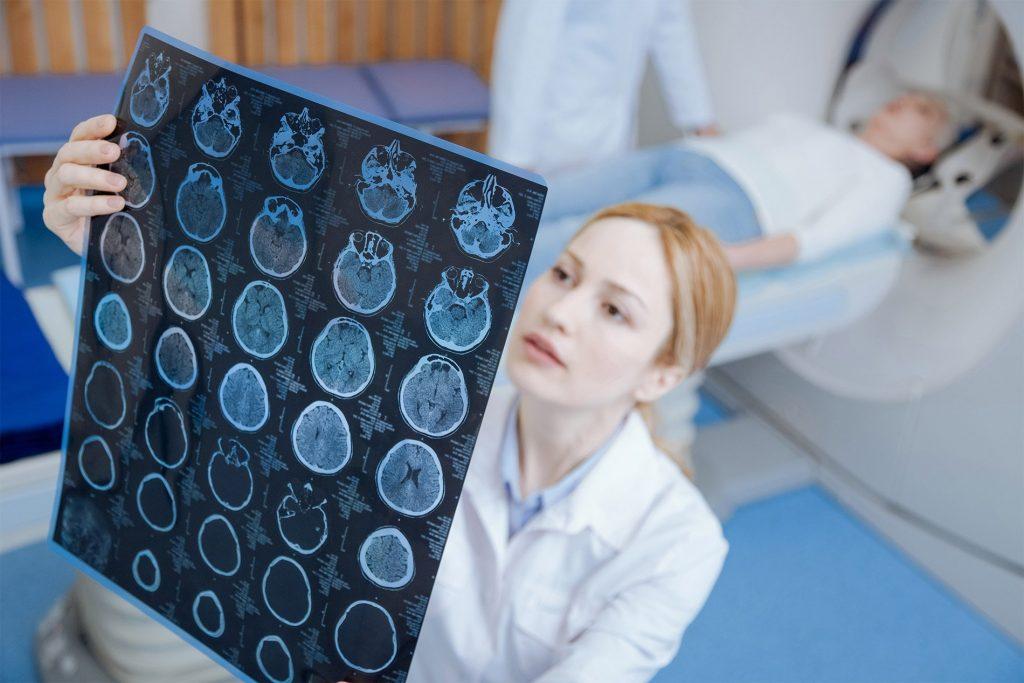 расшифровка снимков МРТ рентген КТ и другие
